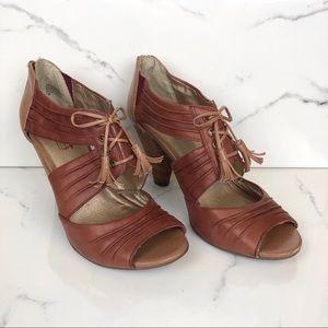 Seychelles • Cognac Leather Lace Up Tassel Heels